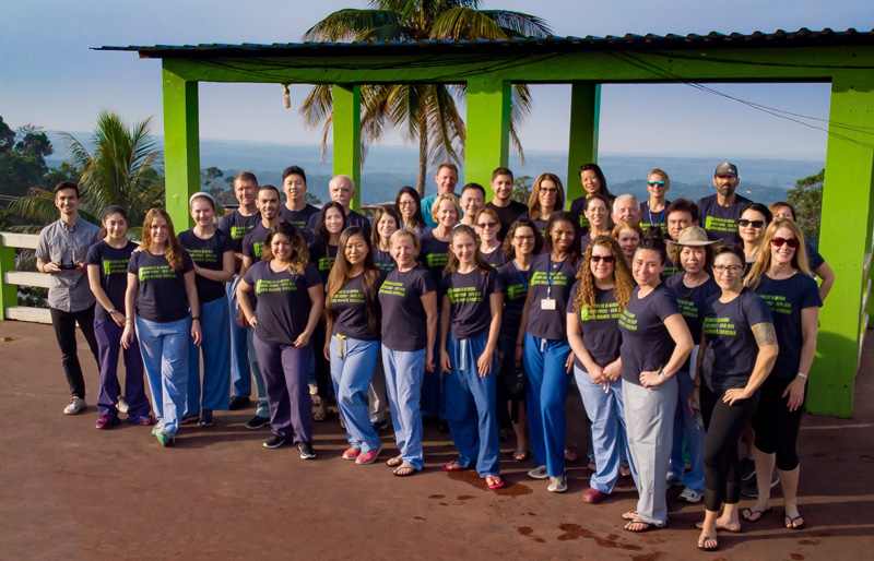 Hospital de la Familia Foundation medical team